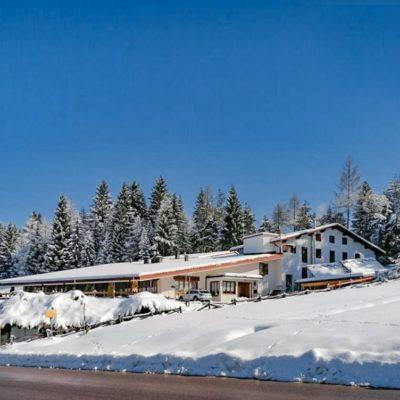 Casa Alpina***