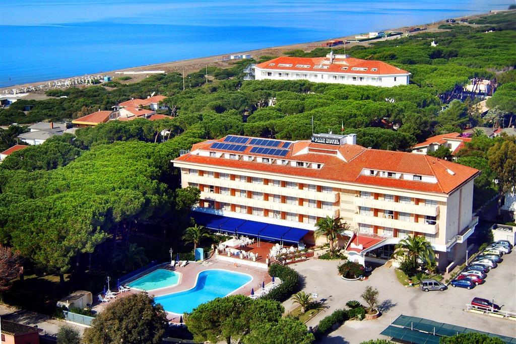 25-10029-Taliansko-Baia-Domizia-Hotel-Park