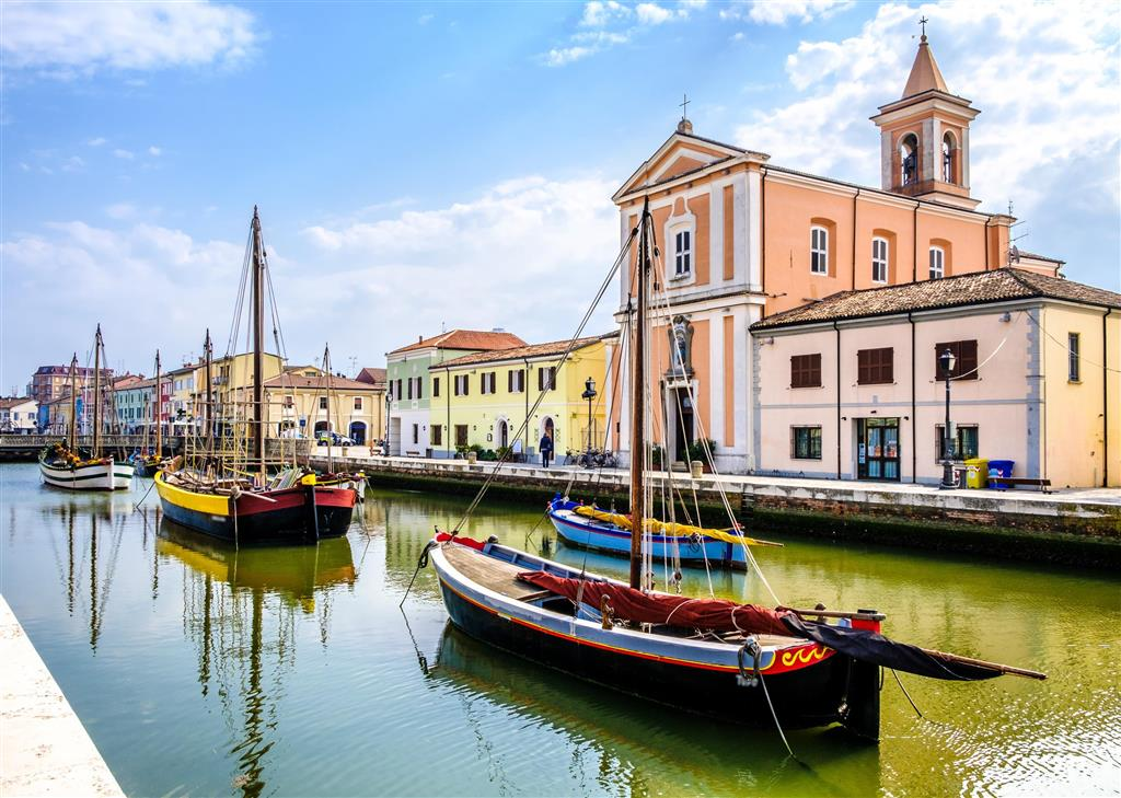 25-10069-Taliansko-Rimini-Hotel-Elizabeth-a-dependencia-Villa-Titus