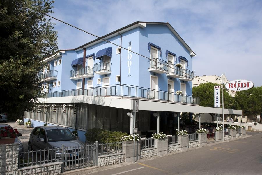 25-10177-Taliansko-Cervia-Hotel-Rodi