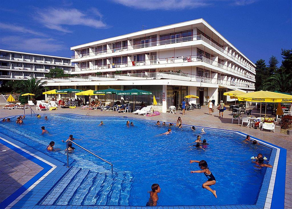 25-9564-Chorvátsko-ostrov-Hvar-Stari-Grad-Hotel-a-dependencia-Lavanda