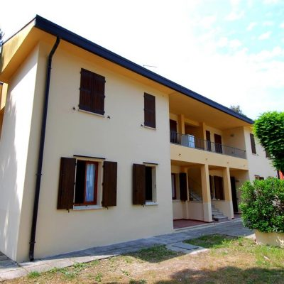 Villa Lorenza***