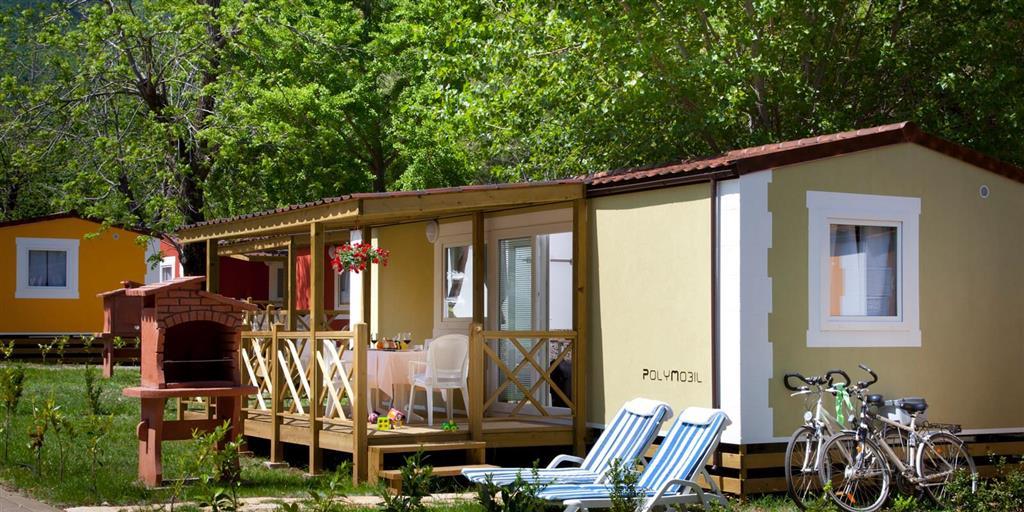 25-9747-Chorvátsko-Medveja-Medveja-holiday-resort-Apartmány-a-mobilhomy