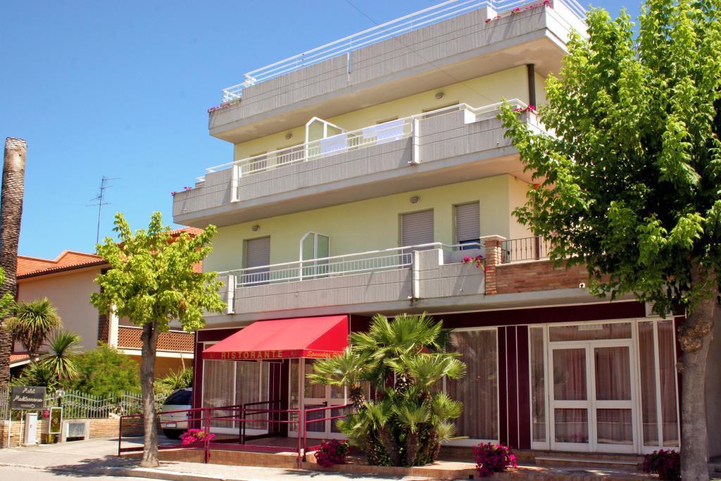 25-9754-Taliansko-Martinsicuro-Hotel-Mediterraneo-Martinsicuro