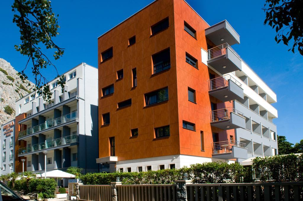 25-9763-Chorvátsko-Omiš-Hotel-Plaža-Omiš