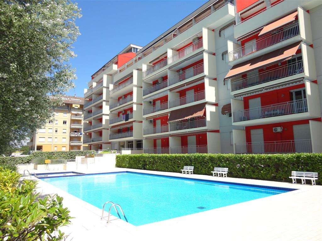 25-9886-Taliansko-Porto-Santa-Margherita-Rezidencia-Acapulco