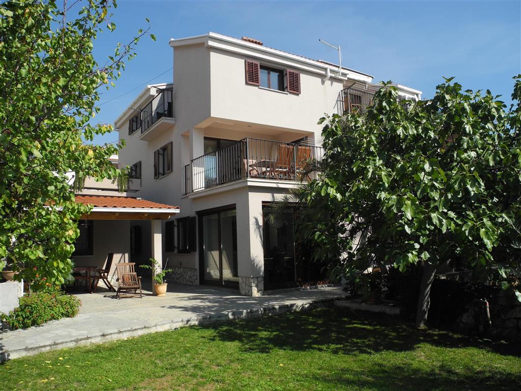 25-9974-Chorvátsko-Crikvenica-Apartmánový-dom-Damir
