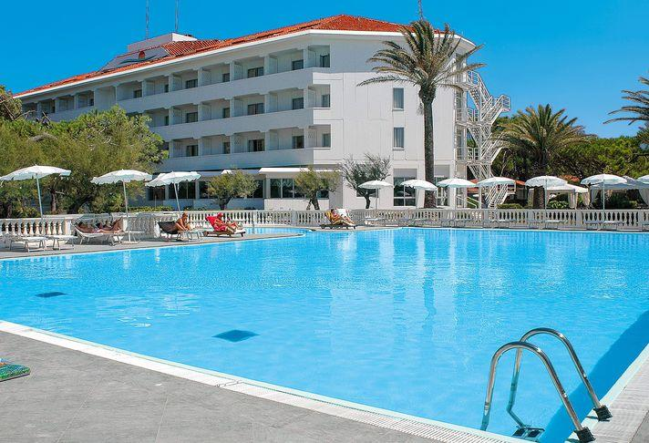 25-10036-Taliansko-Baia-Domizia-Hotel-Domizia-Palace-69807