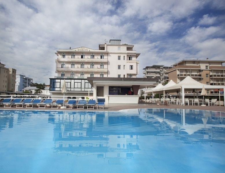 25-10250-Taliansko-Lido-di-Savio-Hotel-Tokio-Beach-75131