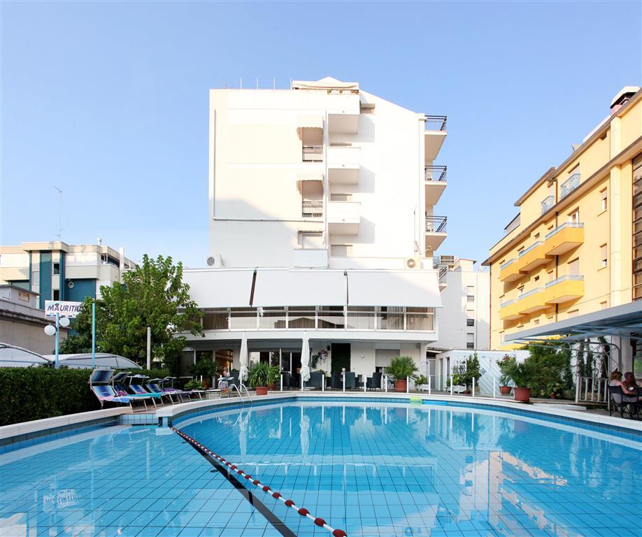 25-10299-Taliansko-Riccione-Hotel-Mauritius-76659