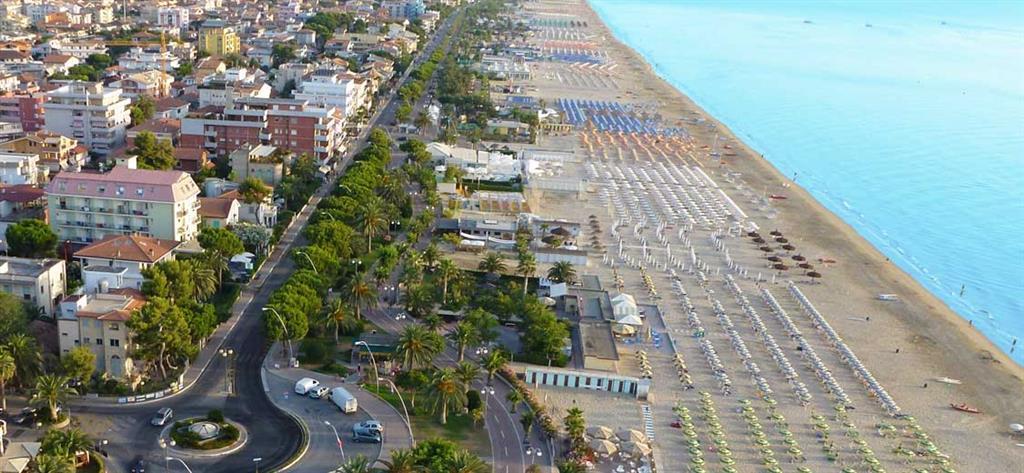 25-9733-Taliansko-Tortoreto-Lido-Rezidencia-Sirena-Sea-Side-33800