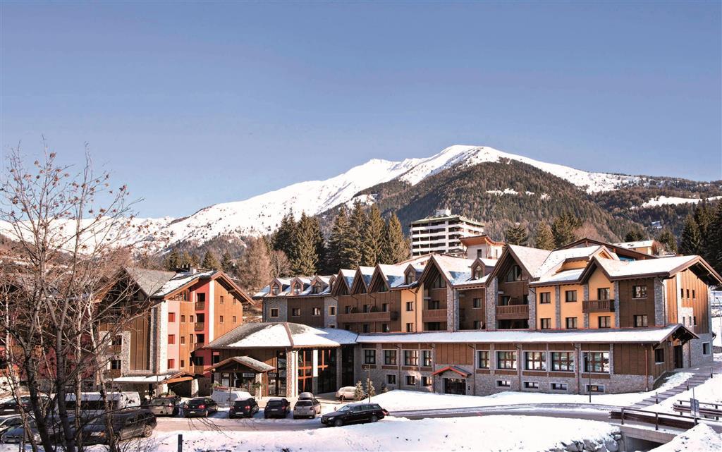 28-10677-Taliansko-Ponte-di-Legno-Blu-Hotel-Acquaseria-77435