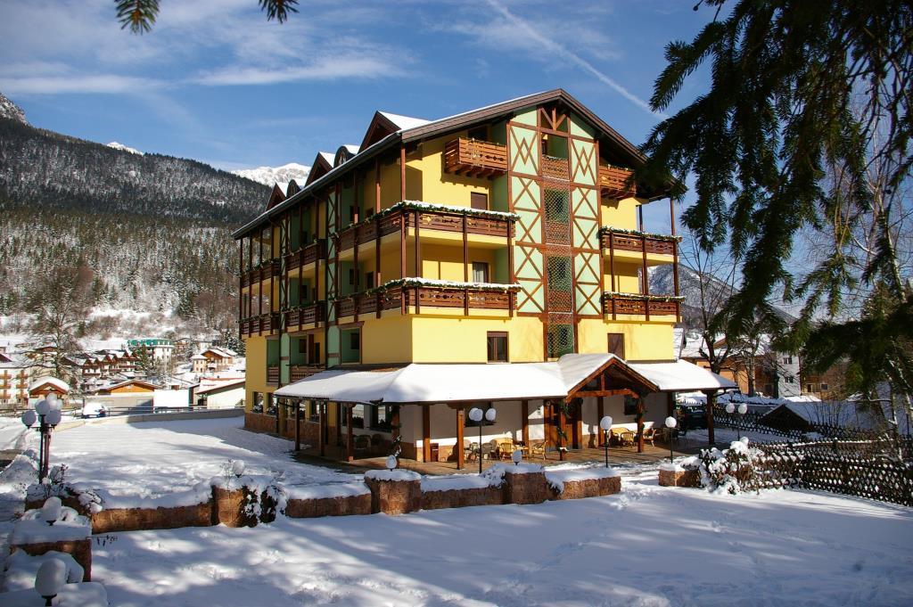 28-10982-Taliansko-Andalo-Hotel-Dal-Bon-28355
