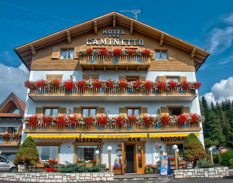 28-11000-Taliansko-Lavarona-Hotel-Caminetto-Mountain-Resort-82328