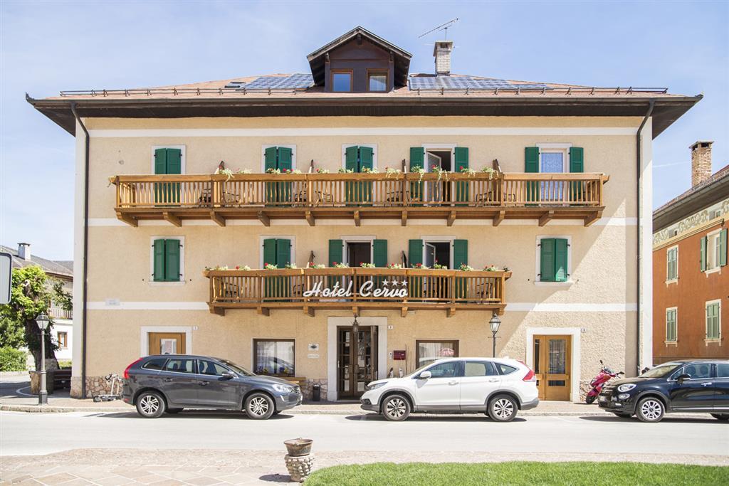 28-11010-Taliansko-Lavarona-Hotel-Al-Cervo-82871