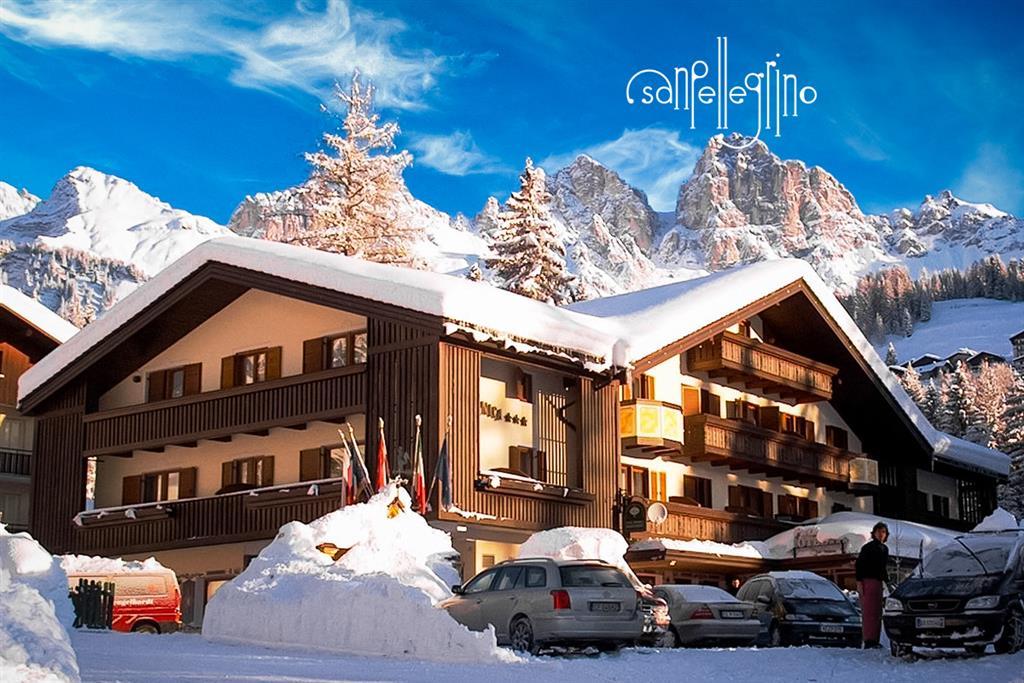 28-11017-Taliansko-Falcade-Hotel-Arnica-5denný-lyžiarsky-balíček-so-skipasom-a-dopravou-v-cene-60500