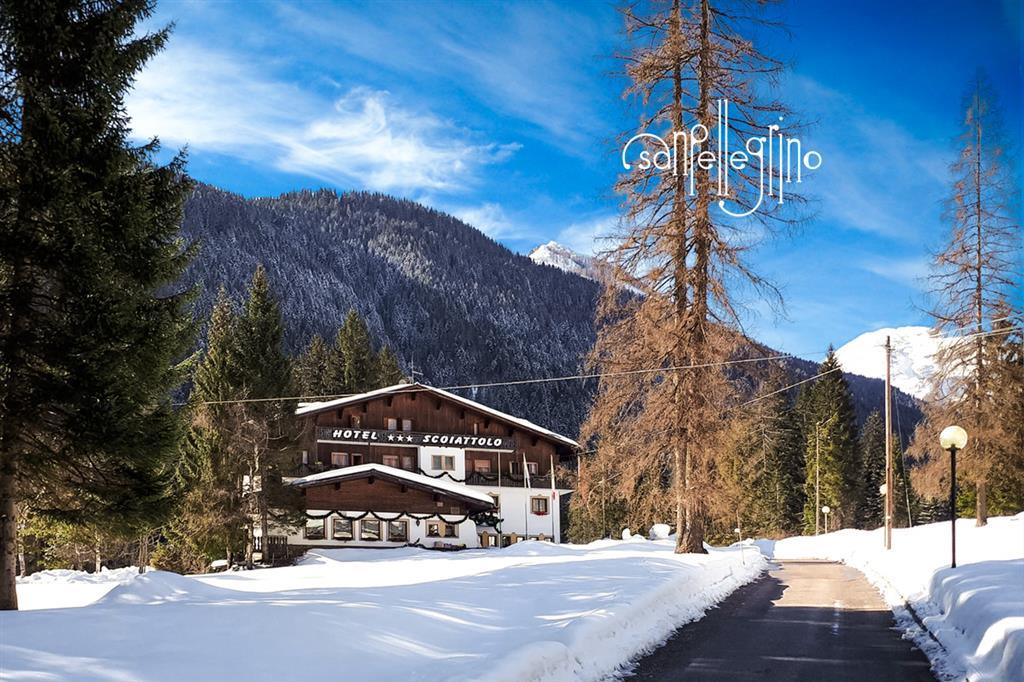 28-11048-Taliansko-Falcade-Hotel-Scoiattolo-5denný-lyžiarsky-balíček-so-skipasom-a-dopravou-v-cene-60694