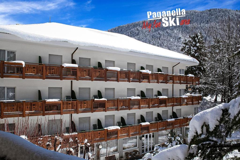 28-11092-Taliansko-Molveno-Hotel-Miralago-5denný-lyžiarsky-balíček-so-skipasom-a-dopravou-v-cene-85391