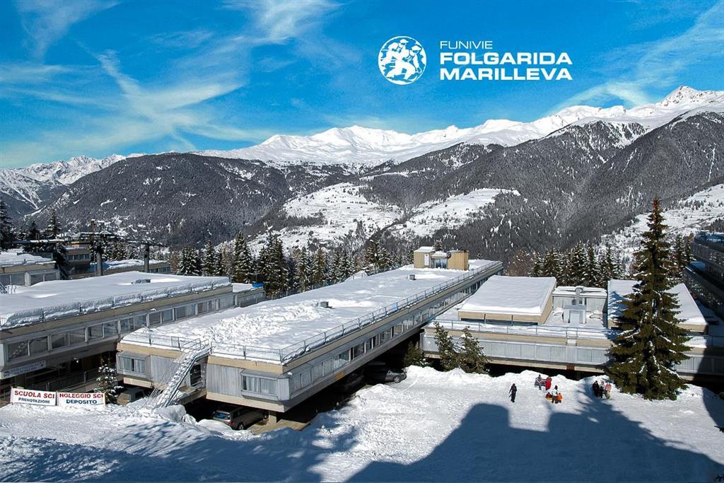 28-11158-Taliansko-Marilleva-1400-Hotel-Marilleva-1400-5denný-lyžiarsky-balíček-85878