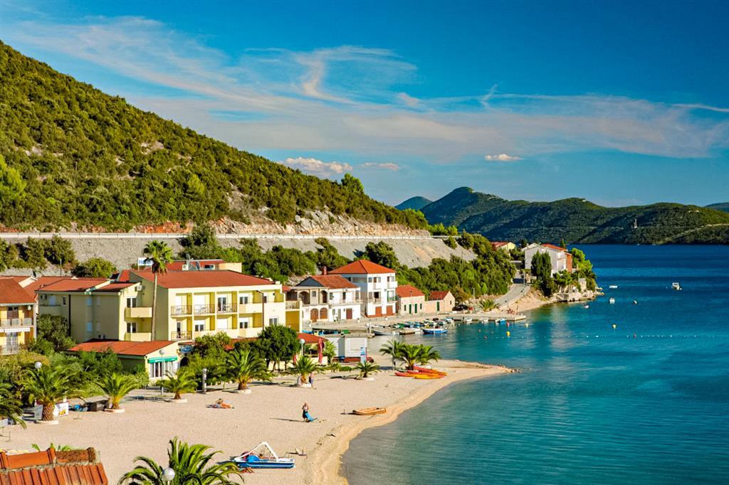 32-11420-Chorvátsko-Klek-Hotel-Plaža-a-dependencie-hotela-Plaža-81800