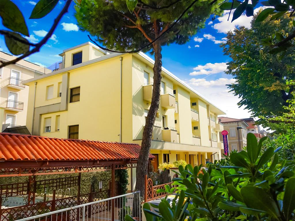 32-11609-Taliansko-Rimini-Hotel-Vannucci-51371