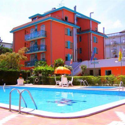 Hotel Altinate***