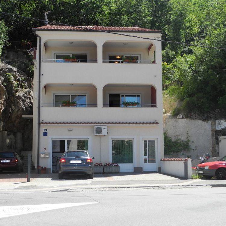 Apartmánový dům Lara