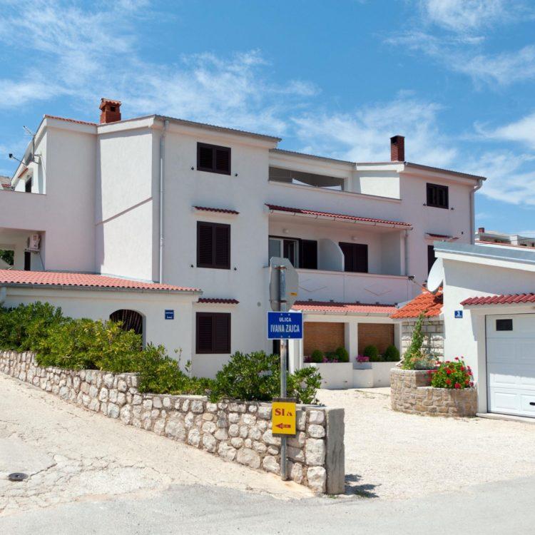 Apartmánový dom Jadran