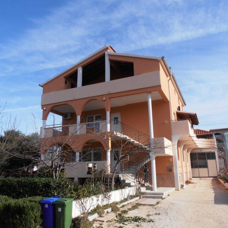 Apartmánový dom Vanja – Biograd na Moru