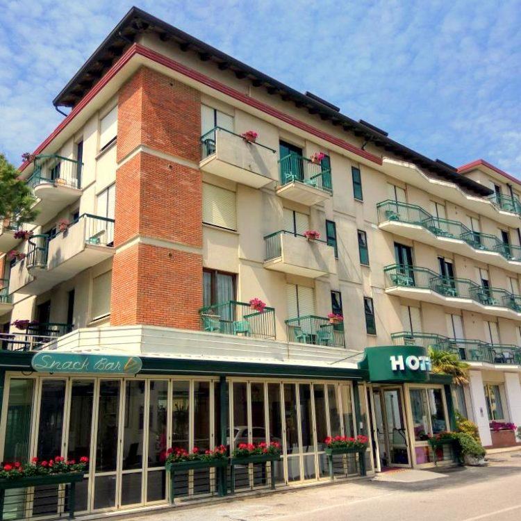 Hotel Harry's