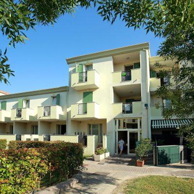Residence Robinia/Pinetine****