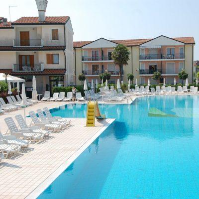 Villaggio Mediterraneo***