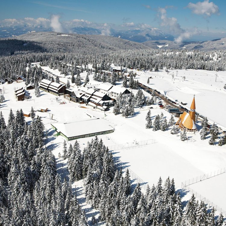 Hotel Brinje - zimný zájazd so skipasom v cene