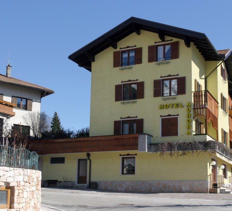 Hotel Aurora – Molveno