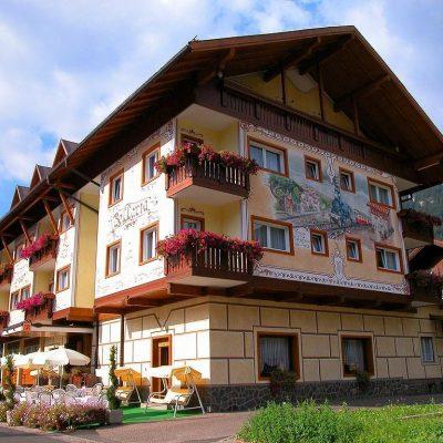 Hotel Bellaria – Predazzo***