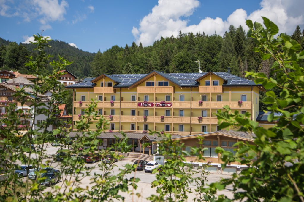 Hotel Caminetto Mountain Resort
