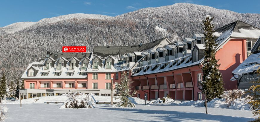 Ramada Hotel & Suites - zimný zájazd so skipasom v cene