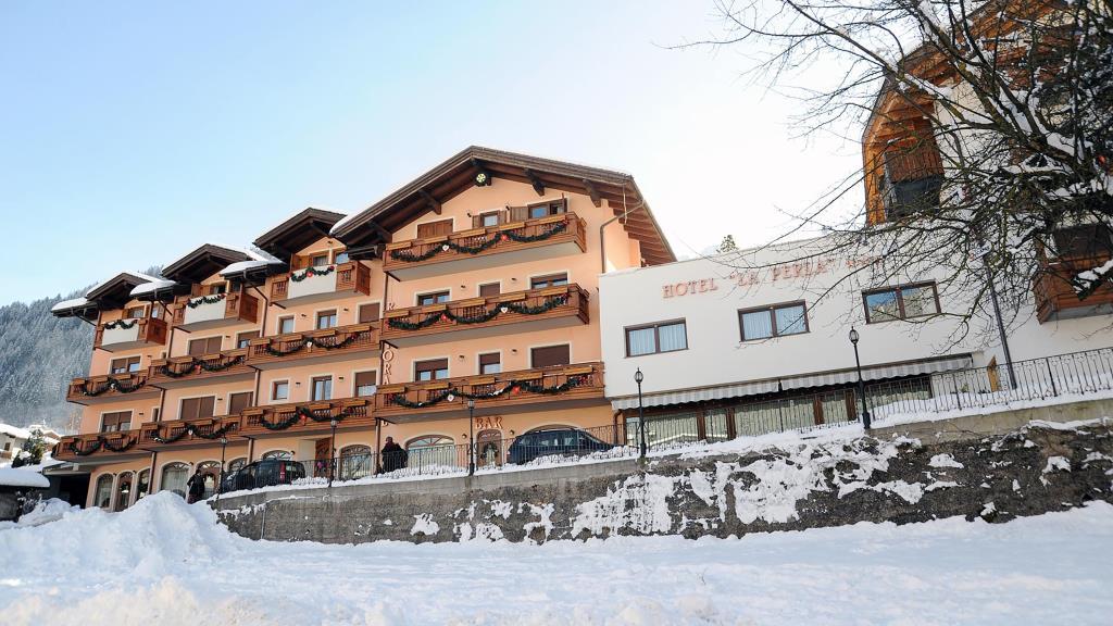 Hotel Family La Perla