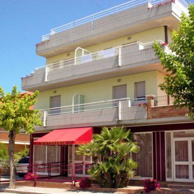 Hotel Mediterraneo***