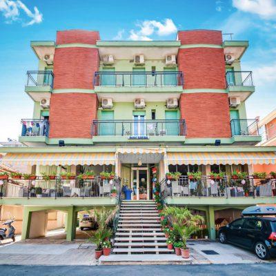 Hotel Kariba**