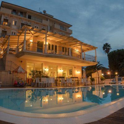 Hotel Mocambo***